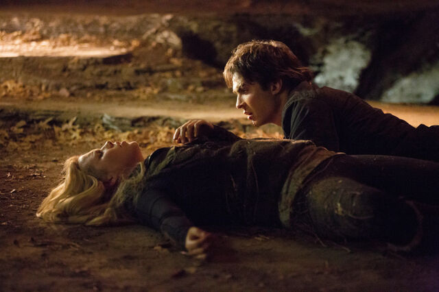 File:More-Episode-Stills-4x14-Down-the-Rabbit-Hole-the-vampire-diaries-tv-show-33478032-800-533.jpg