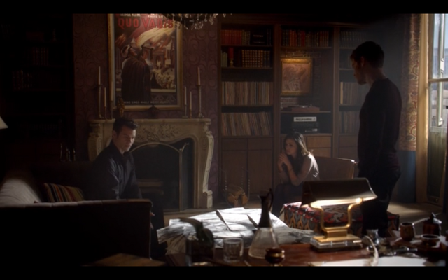 File:1x11-Klaus, Hayley and Elijah 2.png