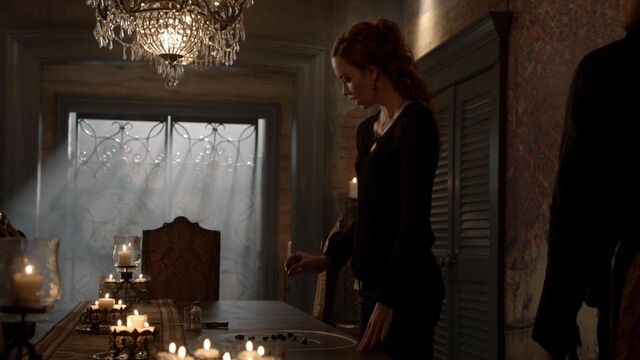 File:The Originals S01E21 mkv1225.jpg