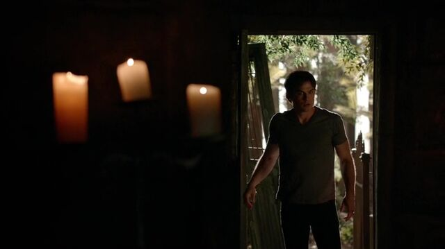 File:7X02-107-Damon.jpg