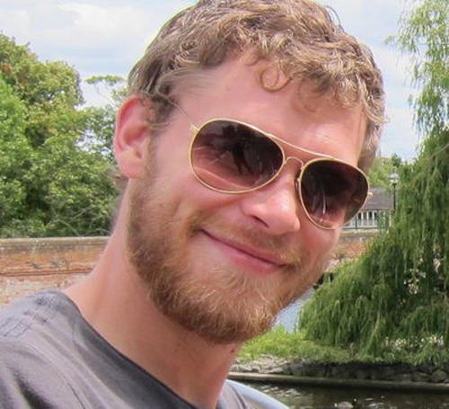 File:Joseph-morgan-beard.jpg