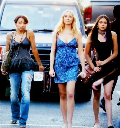 File:Bonnie, Caroline and Elena 3x6.jpg