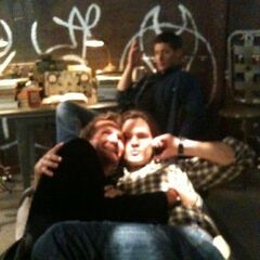 Roché with Jared Padalecki and Jensen Ackles in Supernatural (BTS)