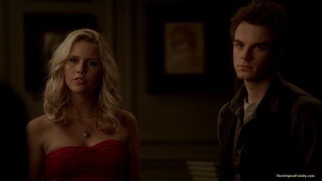 File:158-tvd-3x13-bringing-out-the-dead-theoriginalfamilycom.jpg