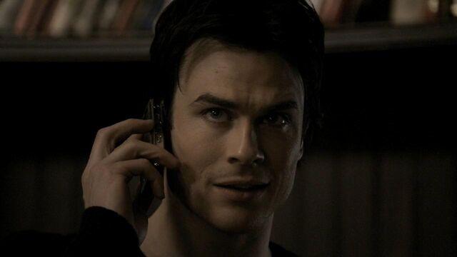 File:The.Vampire.Diaries.S01E20 - T V D F A N S . I R -.mkv snapshot 09.42 -2014.05.12 02.58.52-.jpg