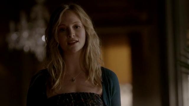 File:Silas as Caroline.png
