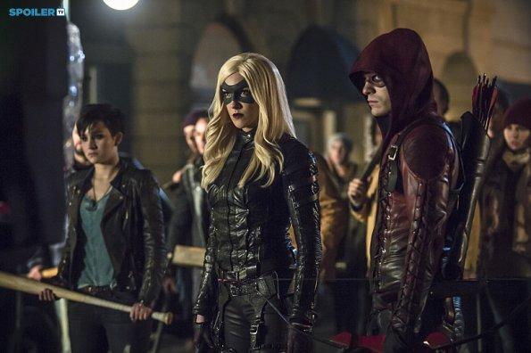 File:Arrow - Episode 3 12 - Uprising - Promotional Photos(c).jpg