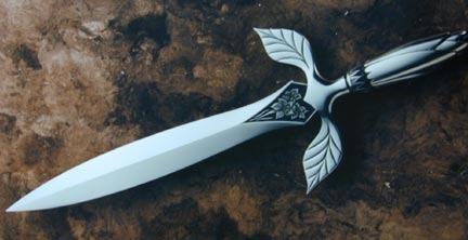 File:Siver dagger.jpg