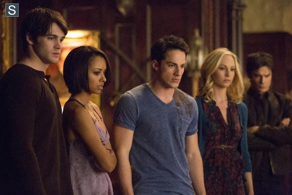 File:The Vampire Diaries Episode 15 Gone Girl Promotional Photos (6) 595 slogo.jpg