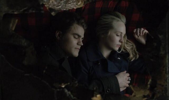 File:Stefan-and-caroline-spoon.jpg