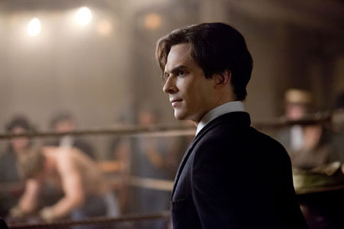 File:Vampire-diaries-episode-316-1912-damon-salvatore.jpg