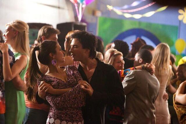 File:Damon & elena dance(last decade dance).jpg