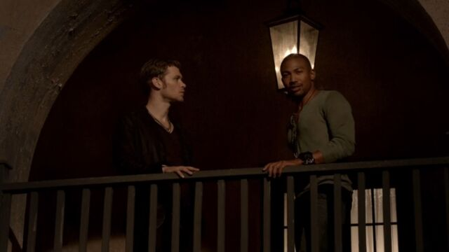 File:Klaus and Marcel 3 TO 1x03.jpg