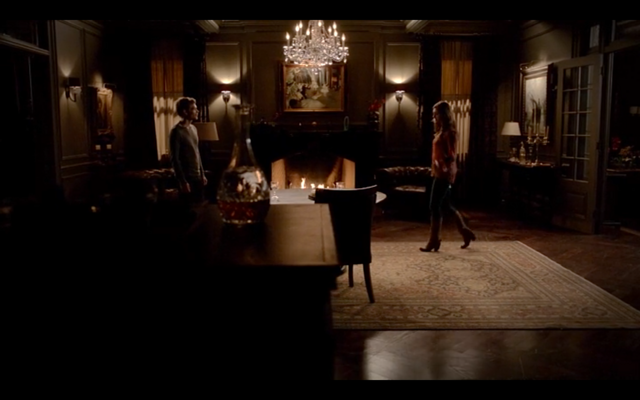 File:4x16-Hayley walks over .png
