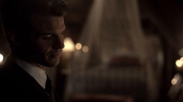 File:Elijah 10 TO 1x05.jpg