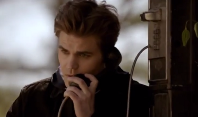 File:Stefan talking with Damon on the phone 5x21...png