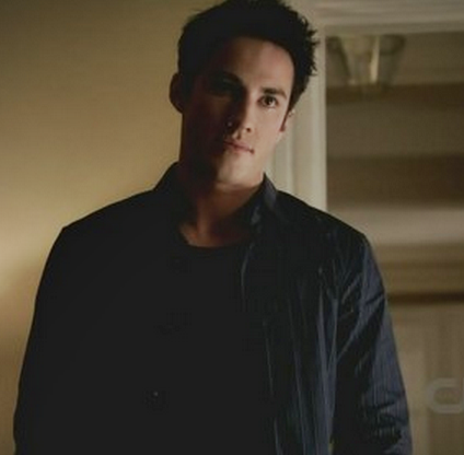 File:3x9 Tyler Lockwood Homecoming..png