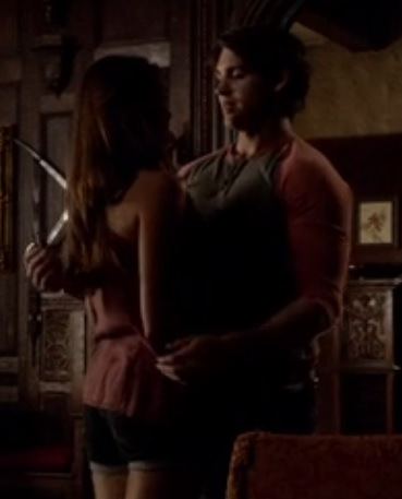 File:Elena and Jeremy TVD 5x01.jpg