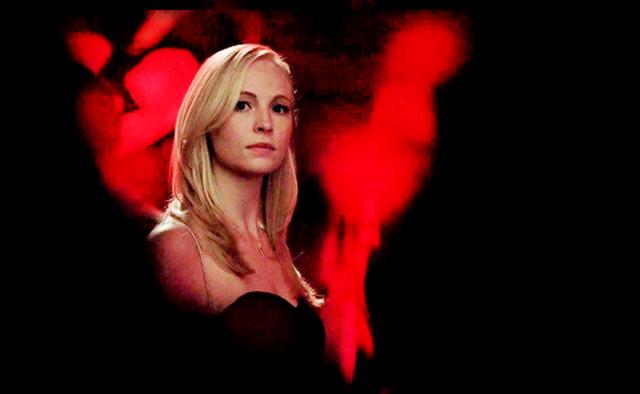 File:Caroline in 5x13.,.png