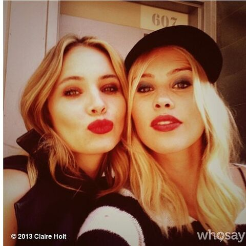 File:The Originals - Leah Pipes and Claire Holt.jpg