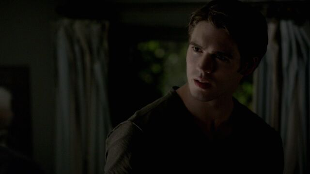 File:407VampireDiaries1362.jpg