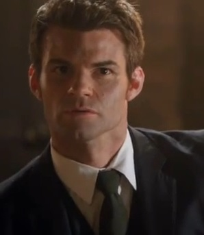 File:Elijah-mikaelson-in-sinners-and-saints.jpg