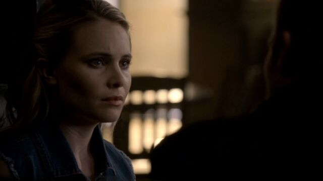 File:Camille 7 TO 1x04.jpg