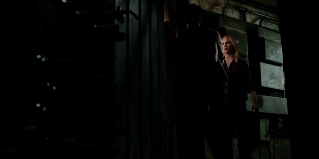 File:Stefan and caroline 5x15..png