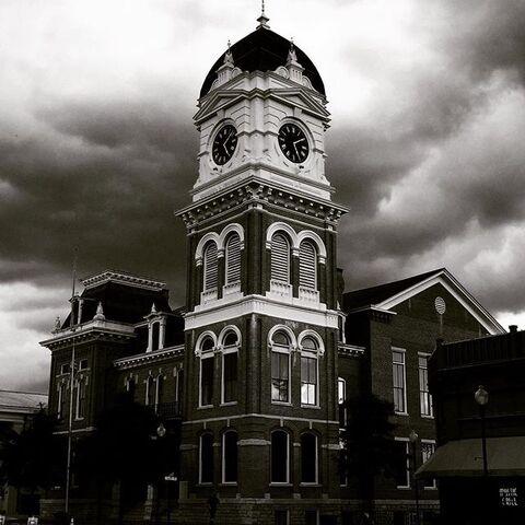 File:Mystic Falls Clock Tower.jpg