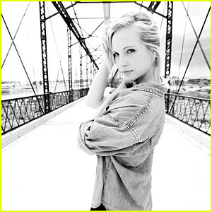 File:Just Jared blonde 95942 candice accola bridge.jpg