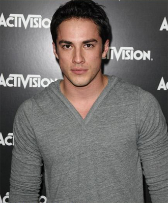 File:Tyler-Lockwood-s210.jpg