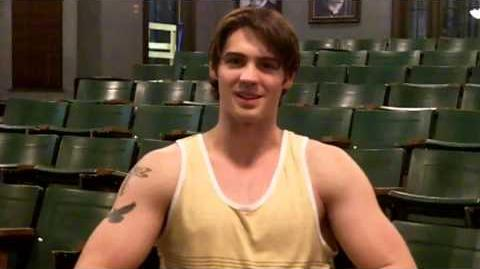 Steven R McQueen on The Vampire Diaries Set