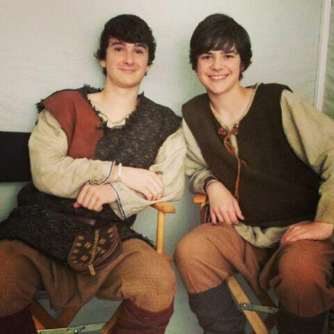 File:The Originals - Finn and Elijah.jpg