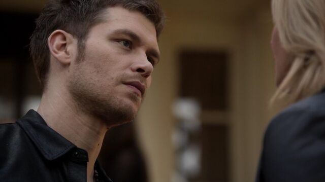 File:Normal TheOriginals210-0155Klaus-Cami.jpeg