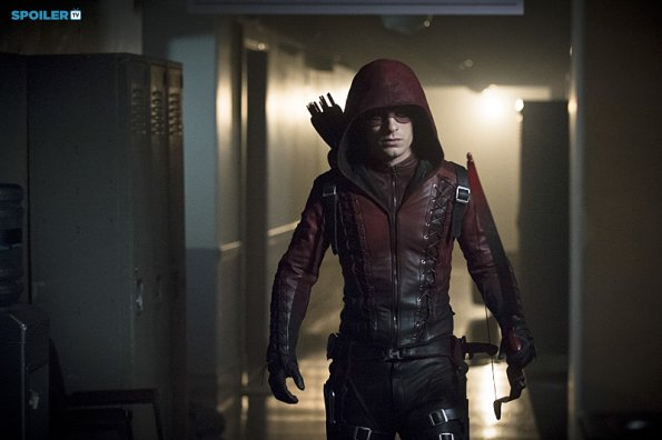 File:Arrow - Episode 3 12 - Uprising - Promotional Photos(f).jpg