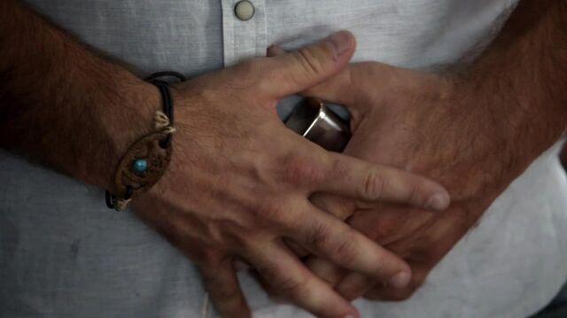 File:Alaric's daylight bracelet.jpg