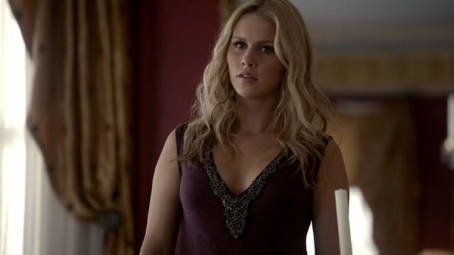 File:Rebekah TO 1x06.jpg