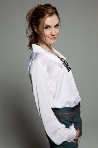 File:600full-sara-canning566.jpg
