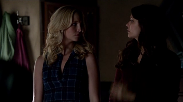 File:Caroline and Elena 5x8...png