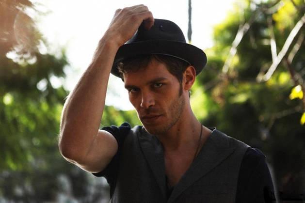 File:Joseph-morgan-shoot-5.jpg