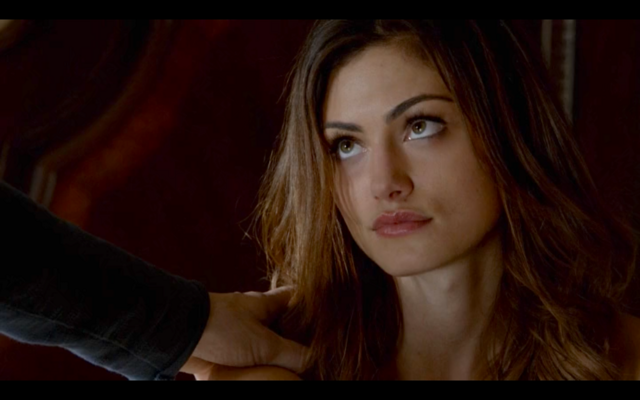 File:1x02-Klaus and Hayley bond.png
