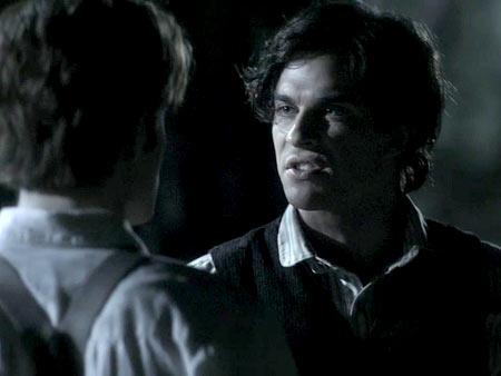 File:Vampire-diaries-blood-brothers 450.jpg