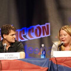 Kevin Williamson, Julie Plec
