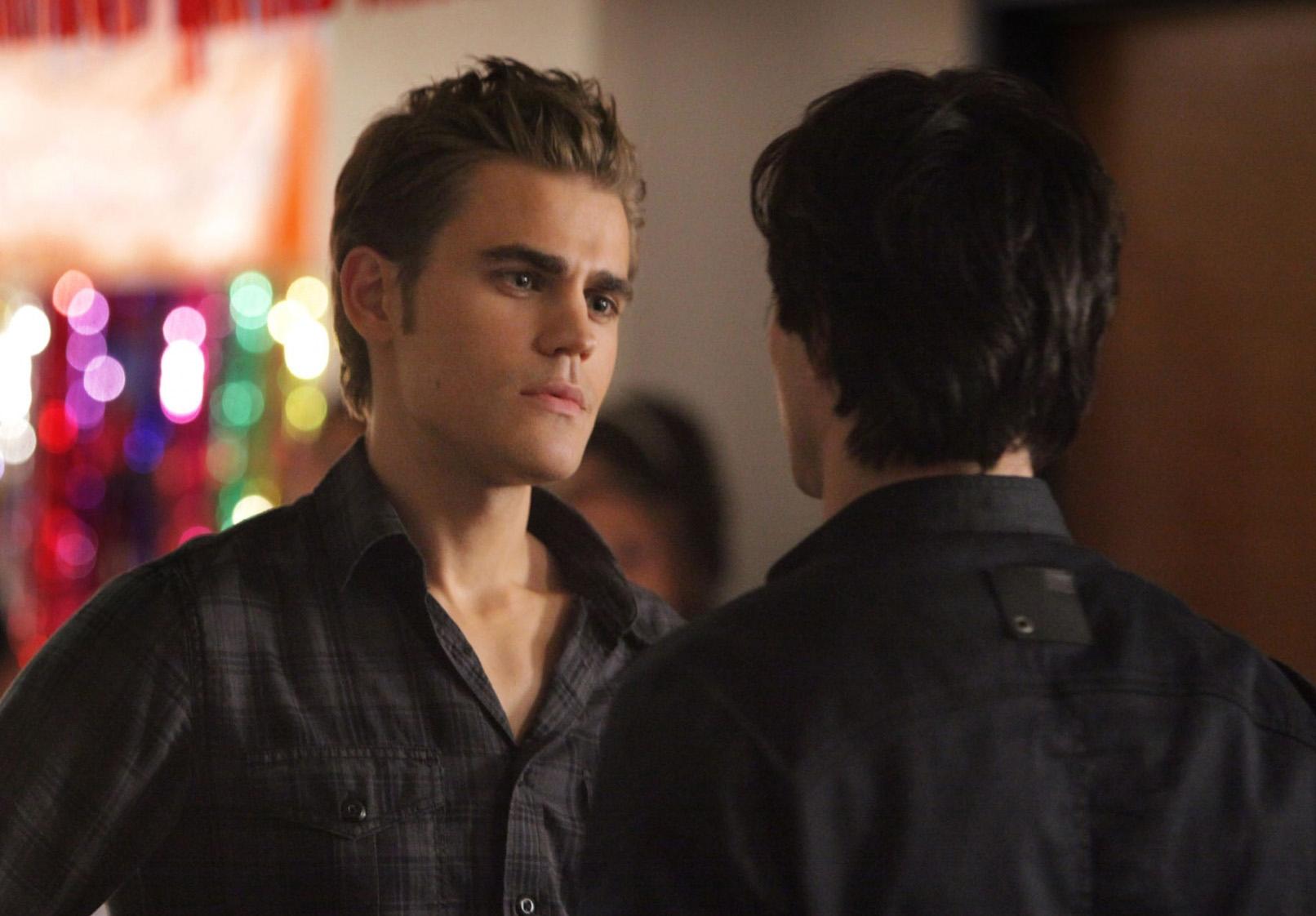 File:Vampire-diaries-season-2-brave-new-world-promo-pics-13.jpg