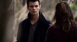 Elijah and Hayley in 1x18..