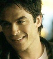 Damon-Salvatore-smiling-face-damon-salvatore-16243663-349-386