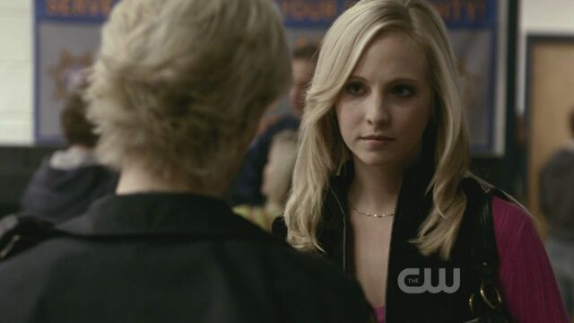 File:1x10-The-Turning-Point-the-vampire-diaries-tv-show-9122518-1280-720.jpg