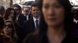 Hayley and Elijah 1x20..