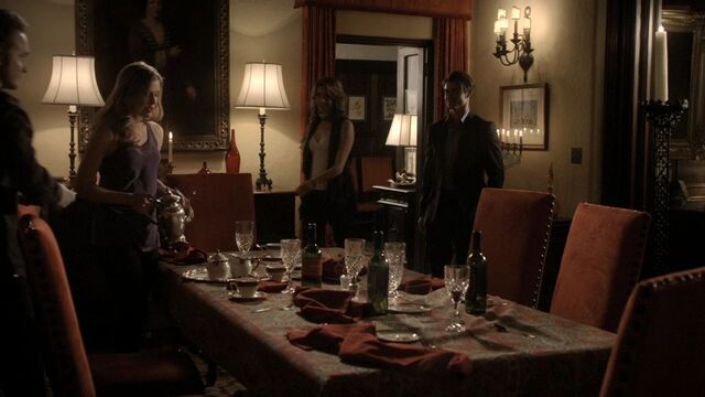 File:2x15-The-Dinner-Party-HD-jenna-sommers-19544021-1280-720.jpg