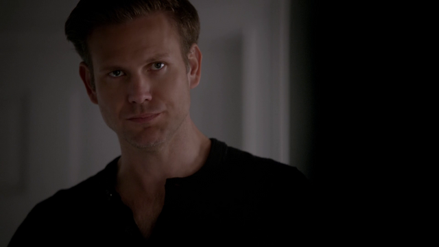 File:717-090-Alaric~Rayna.png